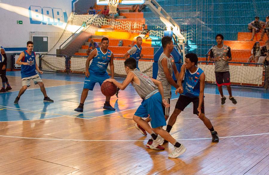 Macaé Basquete promove Torneio Interpolos com alunos de projeto social 181af7800ed25
