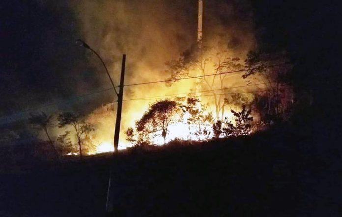 incendio_macae_rio_das_ostras
