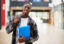 Estudantes temem perder vagas nas universidades após inconsistências no Enem 2019 - ODEBATEON