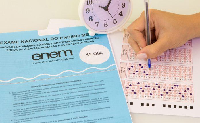 Fies 2020 - redação do Enem terá mais peso para obter benefício - ODEBATEON