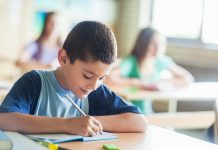 Matrículas no ensino médio brasileiro têm queda, aponta Censo Escolar - ODEBATEON