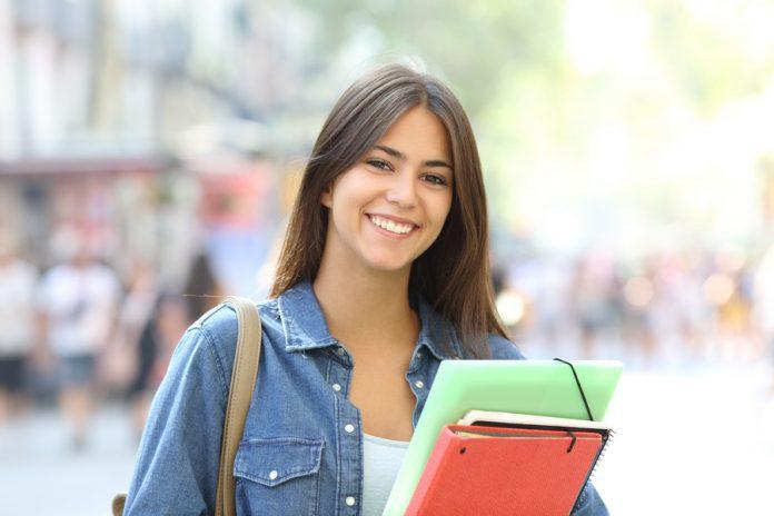 Novo projeto de lei solicita volta da ID Estudantil